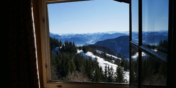 Blick aus dem Fenster vom Brünnsteinhaus