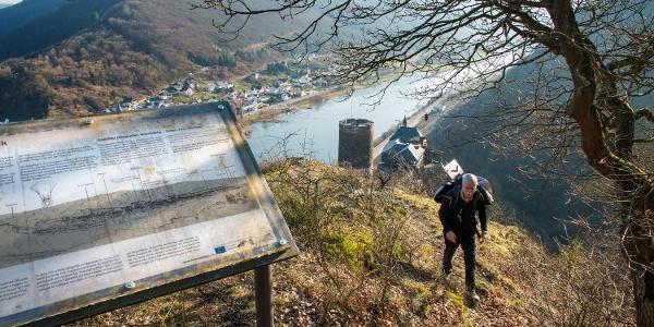 … Kletterpfad Burg Bischofstein sind die Attraktionen des Weges.