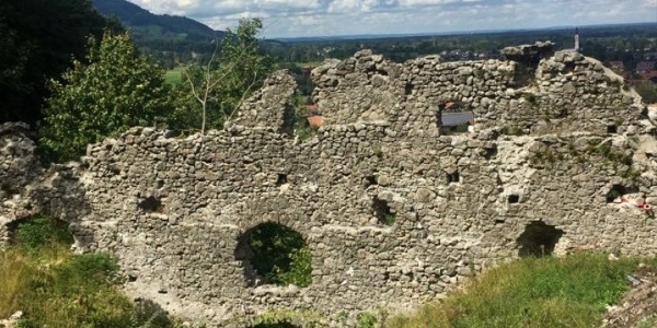 Überrreste der Burg Falkenstein