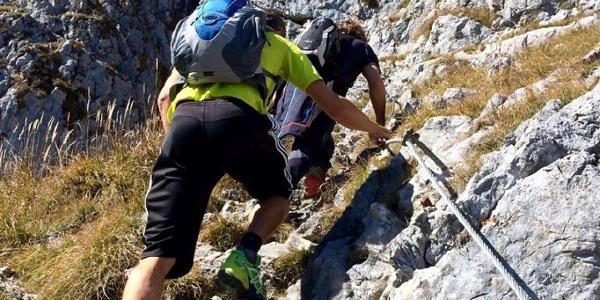 Aufstieg zum Brünnsteingipfel, teilweise seilversichert