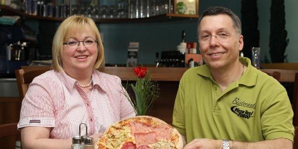 Ristorante_Pizza_Taxi_Familie_Flecker
