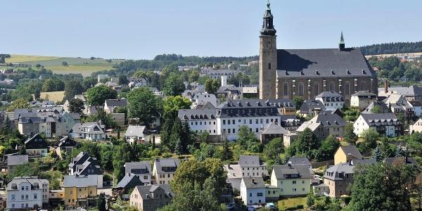 Blick auf die Bergstadt Schneeberg