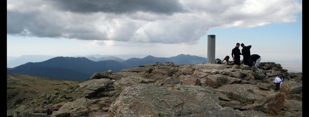 Gipfel des Pico de Peñalara, Sierra de Guadarrama, Spanien