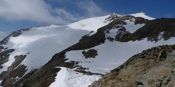 Blick auf den Aufstiegsgrat im oberen Teil