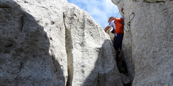 Eine Kletterstelle ist gesichert.