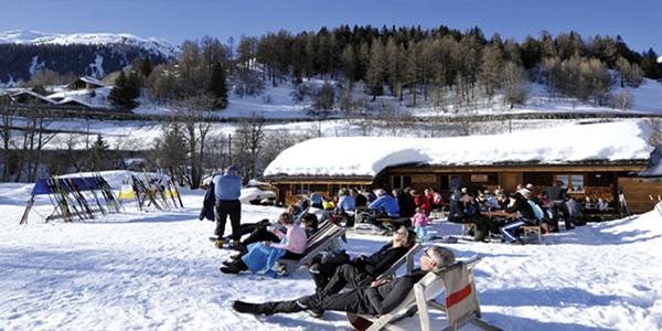 Bains de soleil confortables dans le Gadebar / Olympia sport à Blitzingen, Bodmen