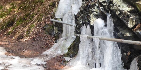 Vereiste Quellen im Firnsbachtal