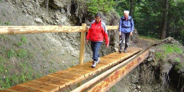 Bärgeri Brücke mit Suone