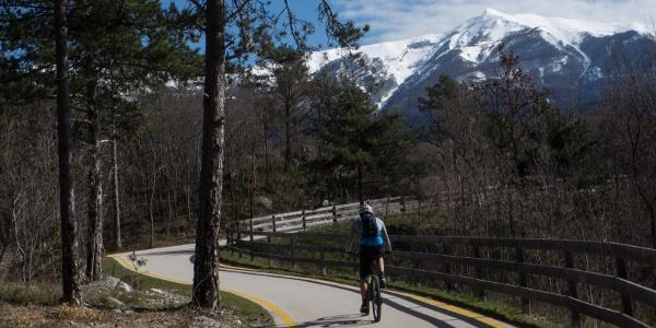 Der Radweg in Richtung Monte Taglio di Sarca