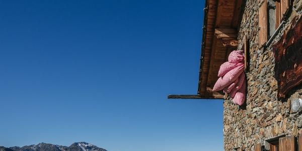 Die Oberetteshütte auf 2670m
