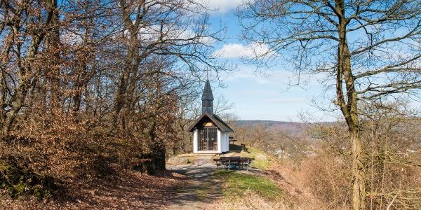 … an der Waldkapelle Obermaubach.