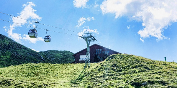 Summit station Verettla cable car