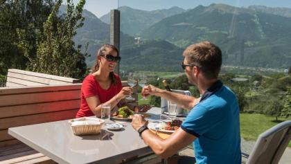 Das Restaurant Heidihof oberhalb von Maienfeld lädt zu einer kulinarischen Stärkung ein.