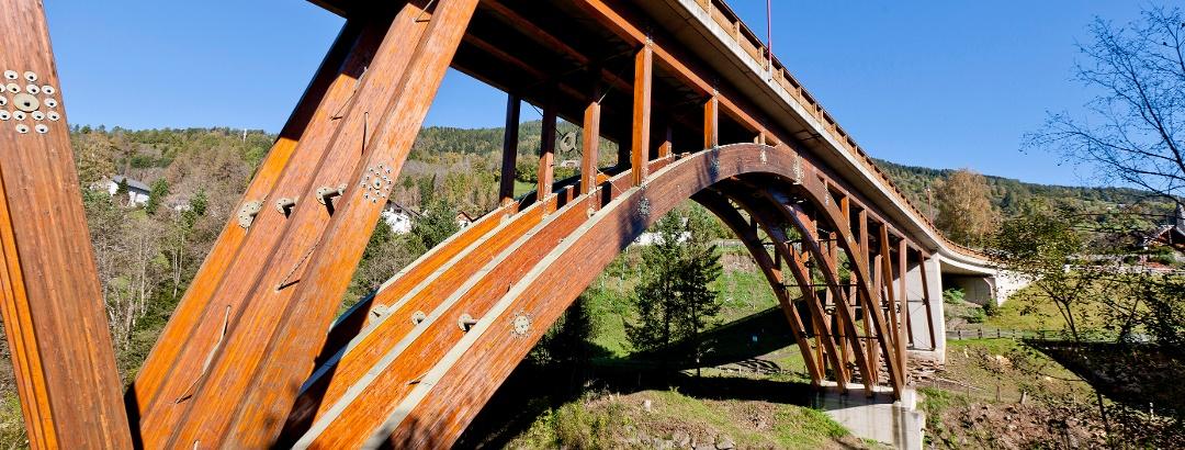 Holz-Europabrücke - Holzweltobjekt