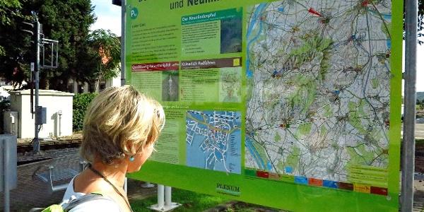Am Beginn des Kaiserstuhlpfads in Endingen.