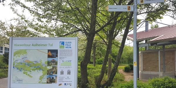 Tafel der Hiwweltour in Flonheim
