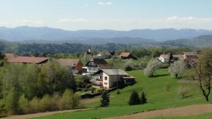 Blick zur Mannsberger Kapelle