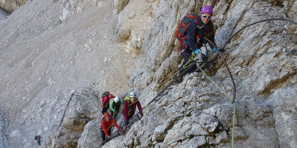 Prime scale sopra la Bocca d'Armi lungo la via ferrata Bocchette Centrali