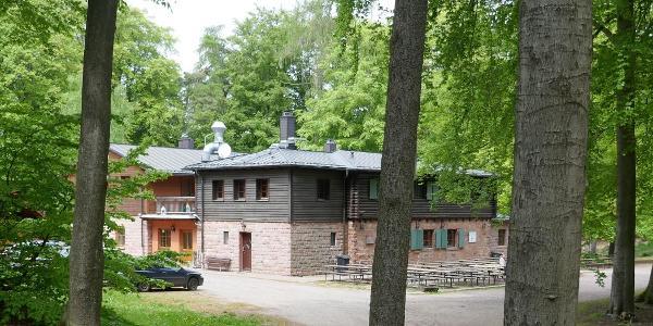 Das idyllisch gelegene Waldhaus Lambertskreuz