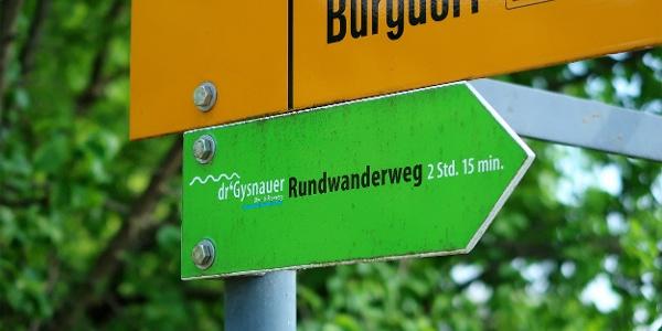 «dr'Gysnauer» ist mit grünen Wegweisern beschildert.