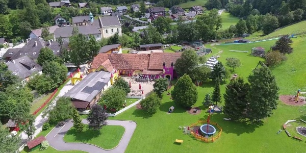 Kinderhotel Appelhof / Drohnenrundflug