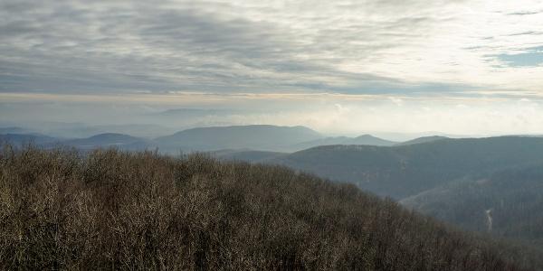Pohľad na vrchy v novembri (Csóványosi kilátó)