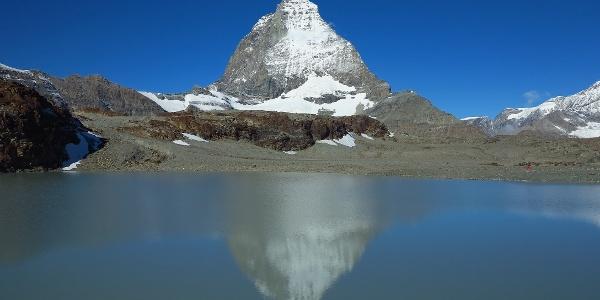 Theodulgletschersee und Matterhorn.