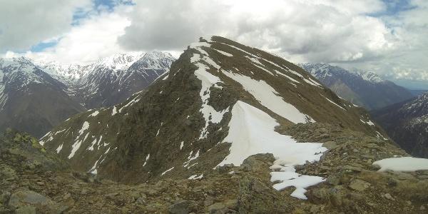 Letztes Stück zur Nockspitze im Mai (Abstieg über Waldringer Alpe nicht möglich)