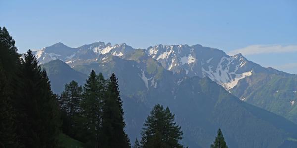 Blick zu den höchsten Liechtensteiner, Hinter und Vorder Grauspitz und dem Falknis