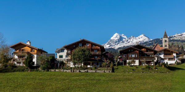Dorf Rueun