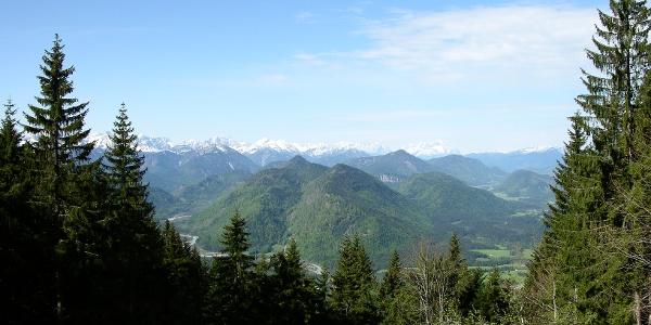 Blick von der Lenggrieser Hütte ins Isartal