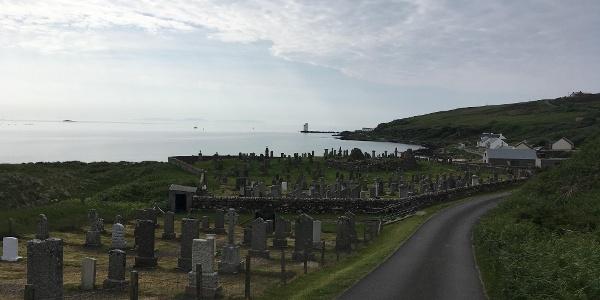 The graveyard en route to Carraig Fhada lighthouse