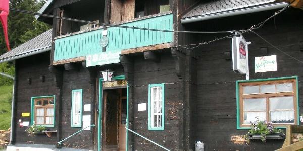 Oskar Schauer Haus / Sattelhaus