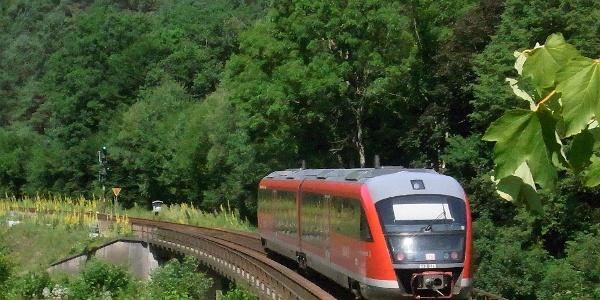 Die Queichtalbahn auf der Strecke Landau - Hauenstein