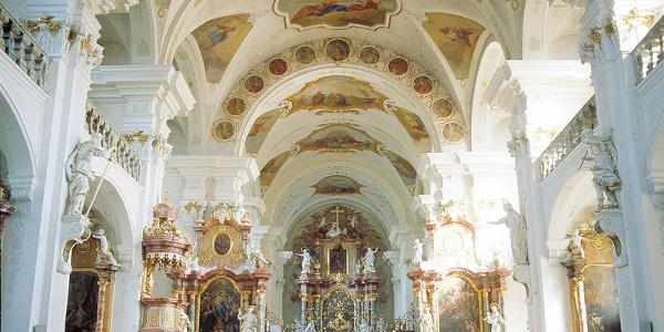 Kloster- und Pfarrkirche St. Peter