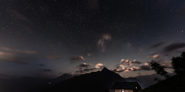 Sternenhimmel über der Gamshütte