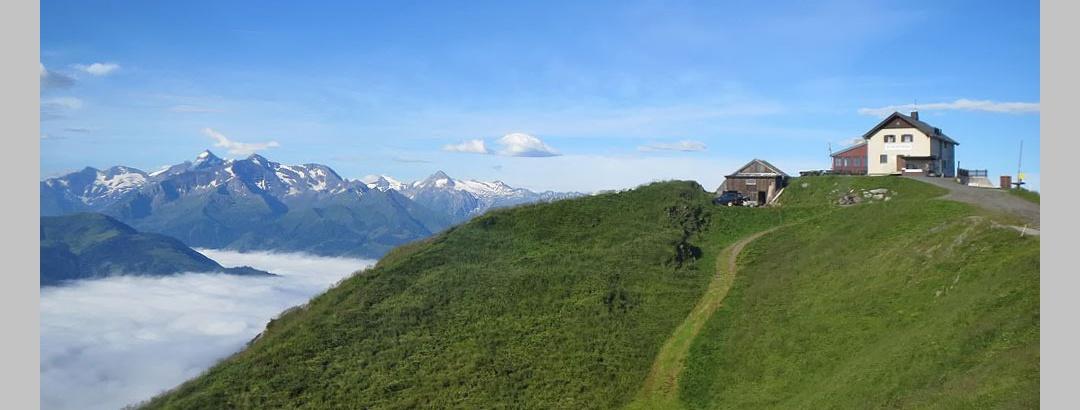 Statzer-Schutzhaus des ÖTK am Hundstein im Salzburger Land