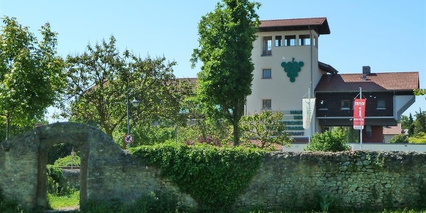 Ansicht Haus der Deutschen Weinstraße