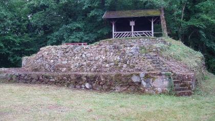 Schänzle am Turm  mit Schutzhütte