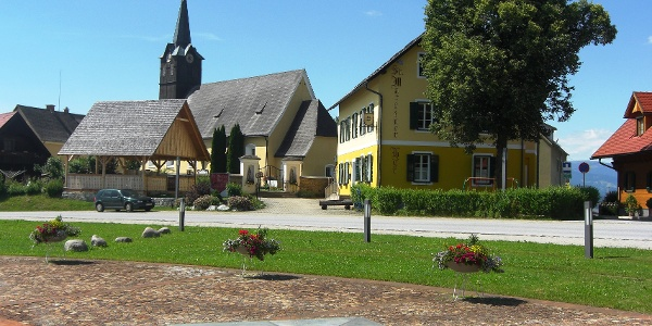 Blick auf den St. Martinerhof