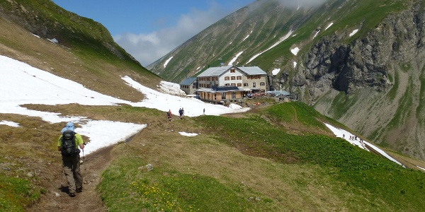 On the approach to Kemptner Hut