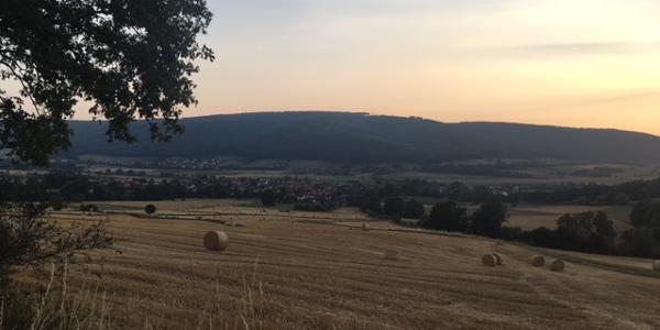 Abendlicher Ausblick am Heubergweg