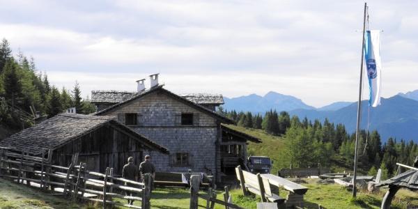 Anna Schutzhaus