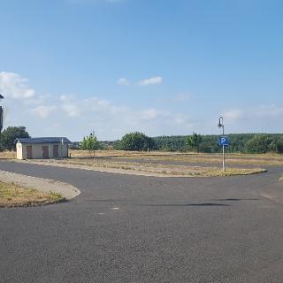 Parkplatz Ortseingang Zinnwald