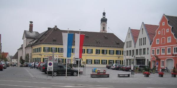 Geisenfeld Stadtplatz und Kloster
