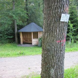 Schutzhütte Nähe Wolfsbornquelle