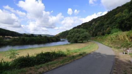Rad- und Wanderweg entlang der Weser