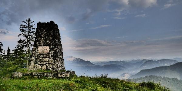 Ludwig-Steiner-Denkmal auf dem Großen Brünnberg