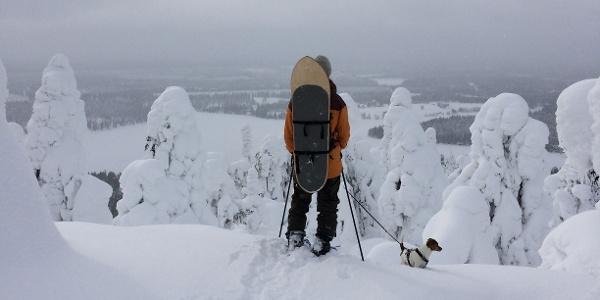 Pyhän Jyssäys snowshoe trail to Pyhävaara offers great views to surrounding Ruka area