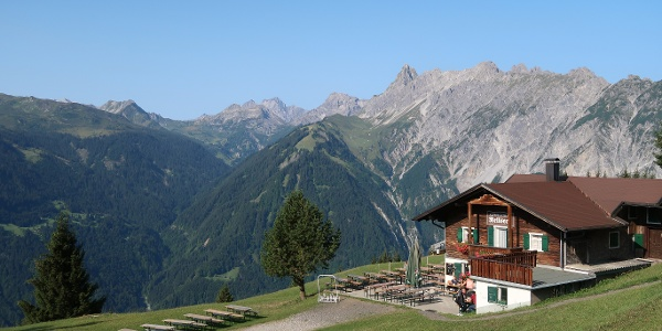 Morgens am Alpengasthof Rellseck